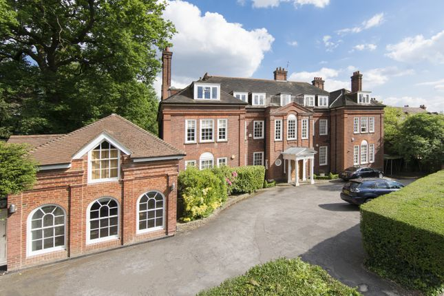 Thumbnail Property for sale in Templewood Avenue, London