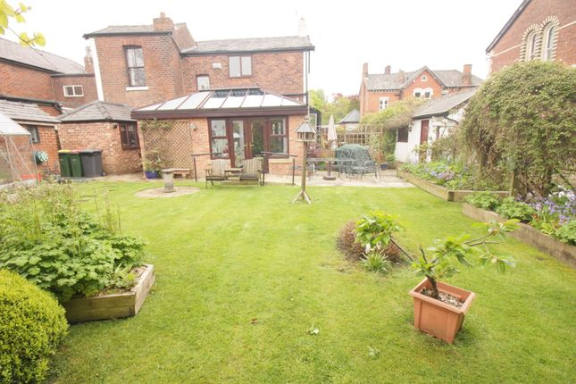 Thumbnail Detached house for sale in Victoria Parade, Ashton-On-Ribble, Preston