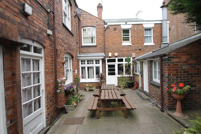 Thumbnail Studio to rent in Eagle House, Lye, West Midlands