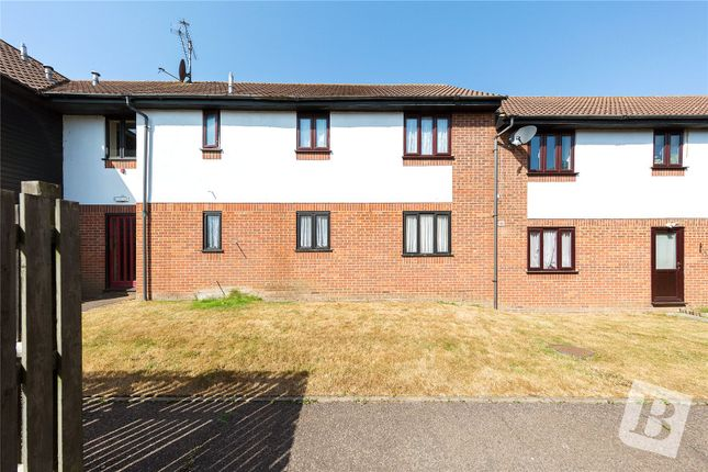 Thumbnail Flat for sale in Copperfields, Lee Chapel North, Essex
