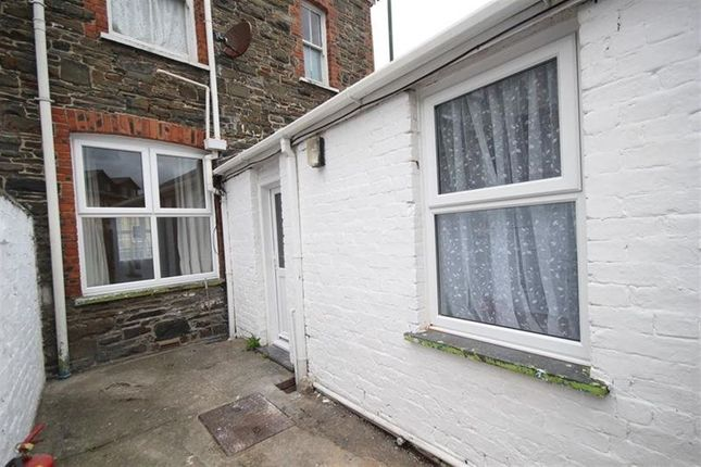 Thumbnail Flat to rent in Trefechan, Aberystwyth
