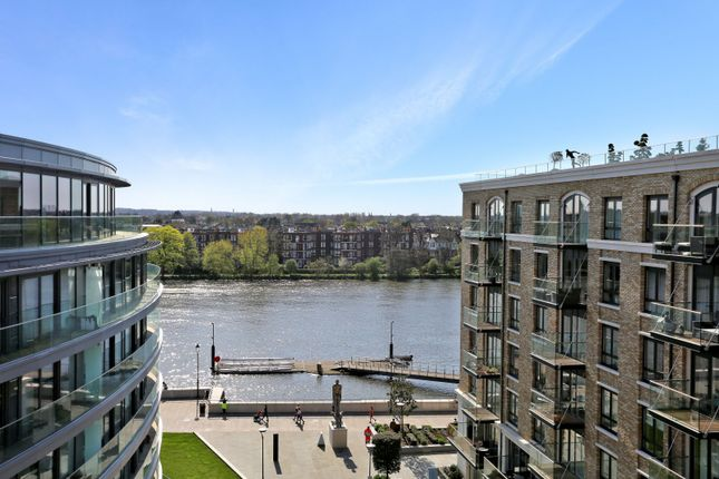Thumbnail Flat for sale in Fulham Reach (Faulkner House), Tierney Lane, Hammersmith