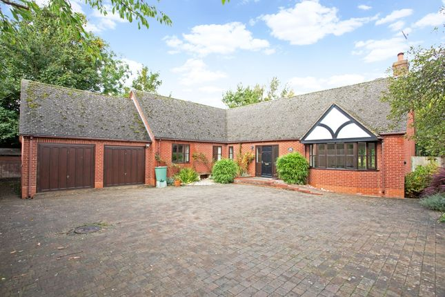 4 bed bungalow to rent in St. Marys Road, Stratford-Upon-Avon CV37