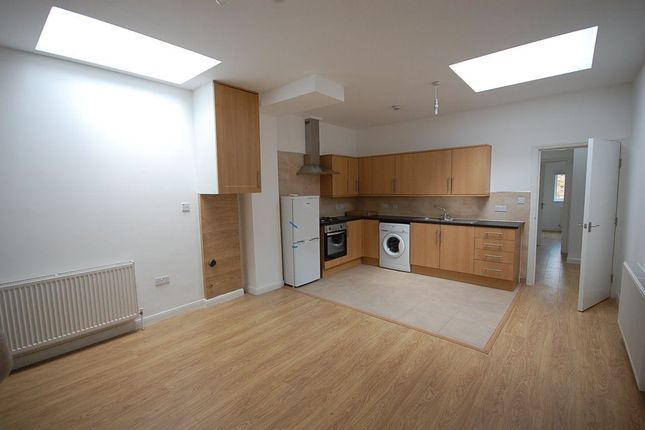 Thumbnail Flat to rent in High Road, London