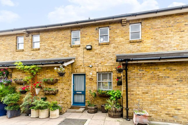 Thumbnail Property to rent in Scovell Crescent, Southwark