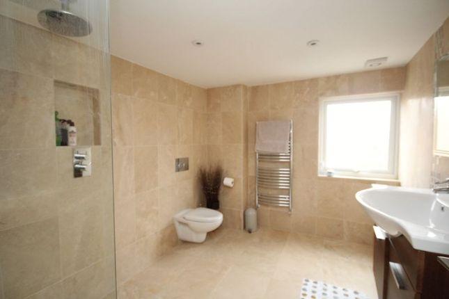 En-Suite of Hadlow Road, Tonbridge TN9