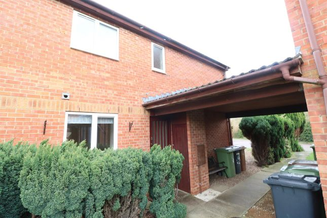 Front of Leyland View, Wellingborough NN8