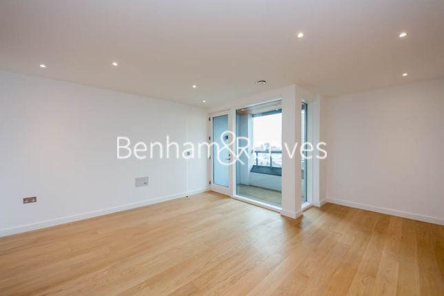 Thumbnail Flat to rent in Holland Park Avenue, Kensington