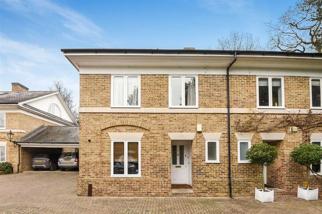4 bed property to rent in Kingston Hill Place, Kingston Upon Thames
