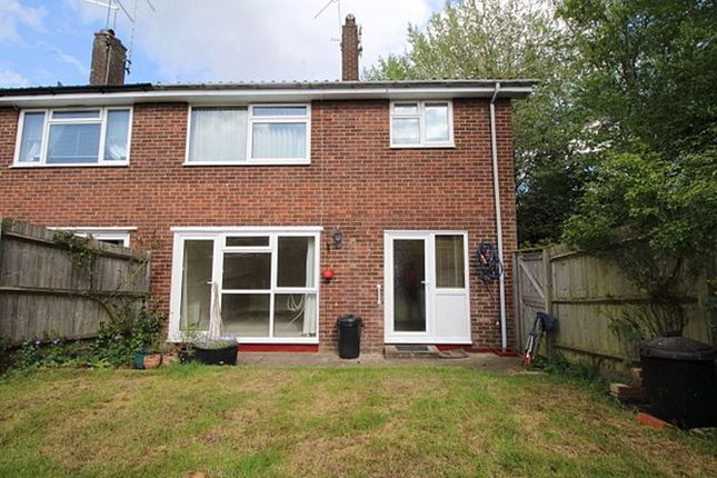 Thumbnail Flat to rent in The Meadway, Sevenoaks