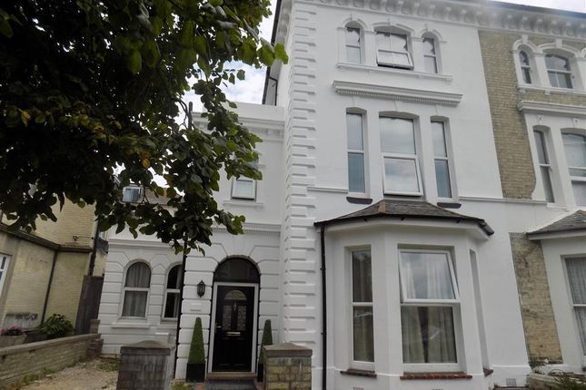 Thumbnail Maisonette to rent in Lushington Road, Eastbourne