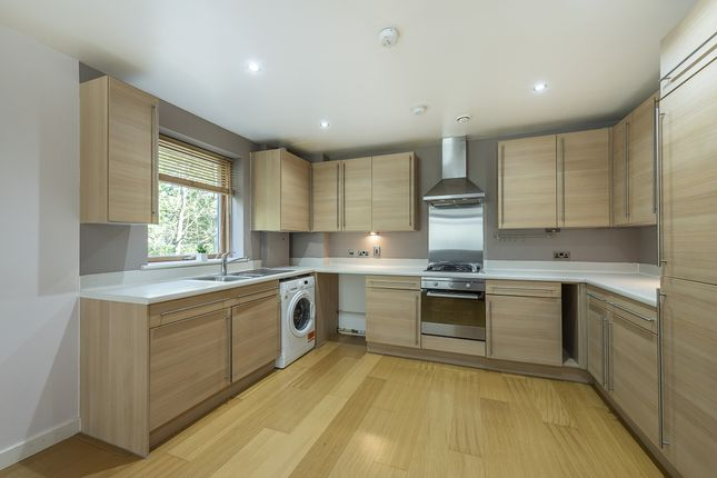 Thumbnail Flat to rent in Douglas Close, Stanmore