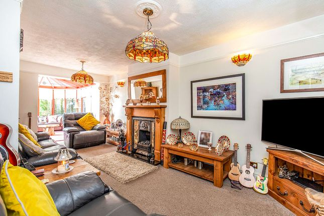 Living Room of Broomfield Avenue, Hasland, Chesterfield, Derbyshire S41
