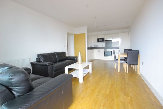 Thumbnail Flat to rent in Connaught Heights, 2 Agnes George Walk, London