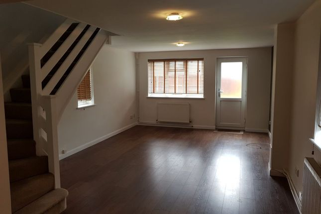 2 bed terraced house to rent in Fairfax Avenue, Basildon, Essex SS13
