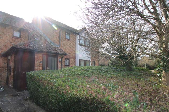 Thumbnail Flat to rent in Ashlet Gardens, New Milton