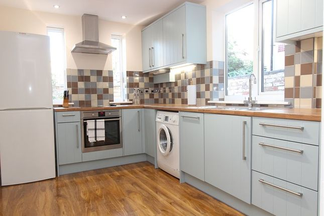 Kitchen of Newark Street, Reading RG1