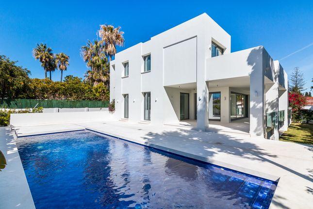 Villa for sale in Cortijo Blanco, Costa Del Sol, Spain