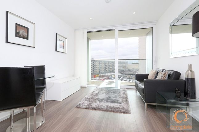 Thumbnail Flat for sale in Aurora Apartments, Wandsworth, London
