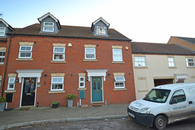 Thumbnail Semi-detached house to rent in Monarch Drive, Kemsley, Sittingbourne