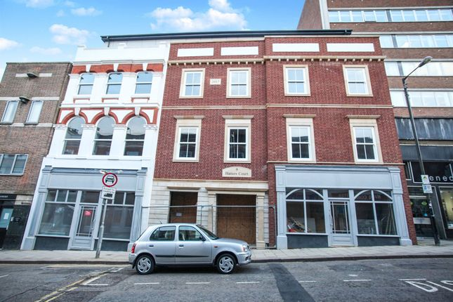 Thumbnail Flat for sale in King Street, Luton