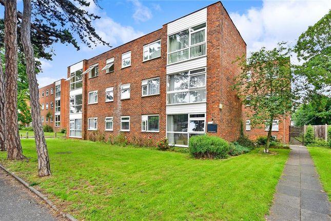 1 bed flat for sale in Essenden Road, Belvedere, Kent DA17