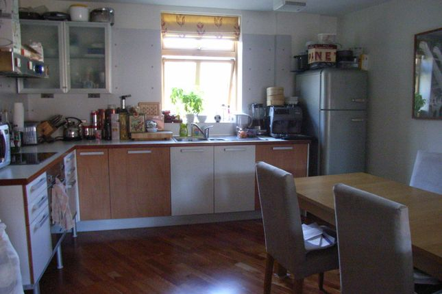 Kitchen of Tanfields, Vachel Road, Reading RG1