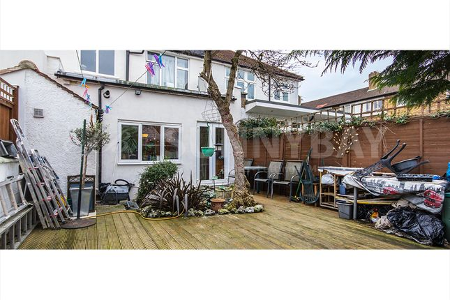 Thumbnail Terraced house to rent in Clovelly Road, Chiswick