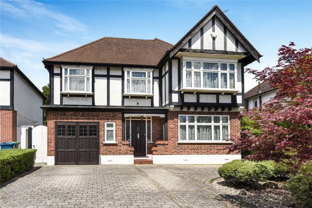 Thumbnail Detached house for sale in Furham Feild, Hatch End, Middlesex