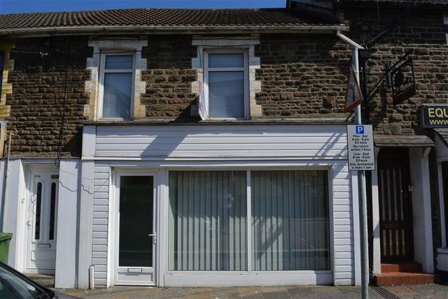 Thumbnail Flat to rent in Cardiff Road, Bargoed