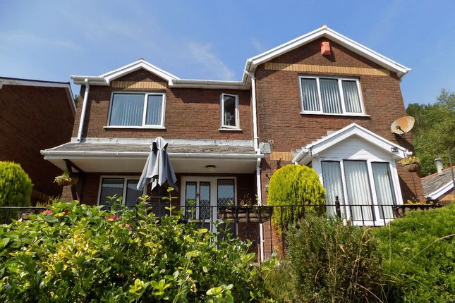 4 bed detached house for sale in Ty Dafyd, West Bank, Cwmtillery, Abertillery. 1Rf. NP13