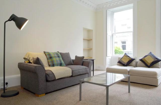 Thumbnail Flat to rent in Oxford Street, Edinburgh