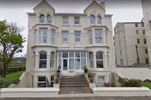 Flat to rent in Hope Street, Ramsey