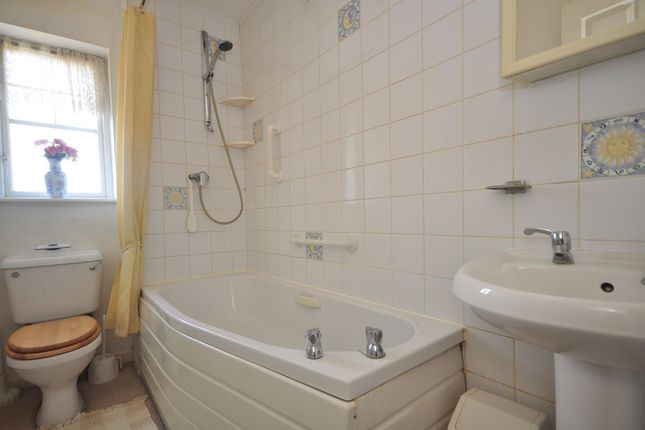 Bathroom of William Rigby Drive, Minster On Sea, Sheerness ME12