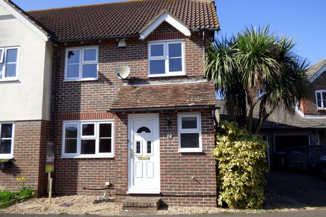 Thumbnail Property to rent in Jib Close, Littlehampton
