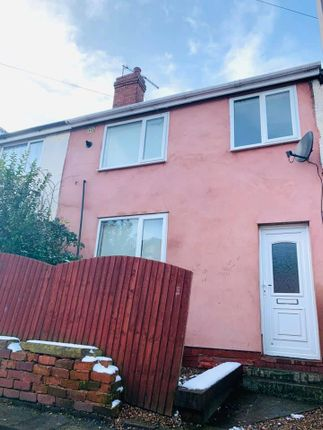 Link-detached house to rent in Dukes Crescent, Doncaster
