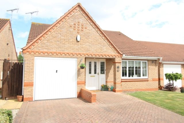 Thumbnail Detached bungalow for sale in Acacia Close, Worksop