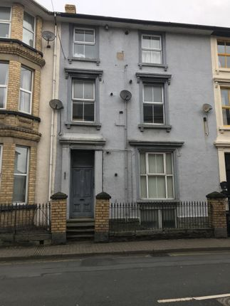Thumbnail Flat to rent in Castle Street, Builth Wells
