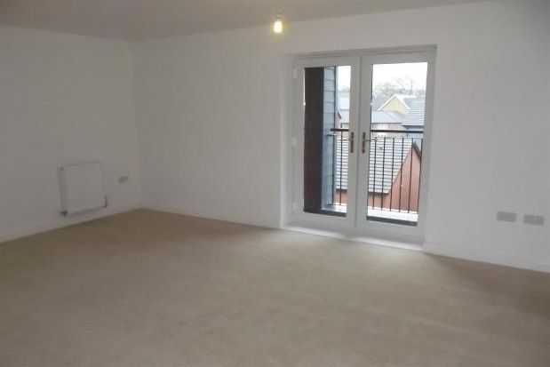 Thumbnail Flat to rent in Harley Drive, Walton