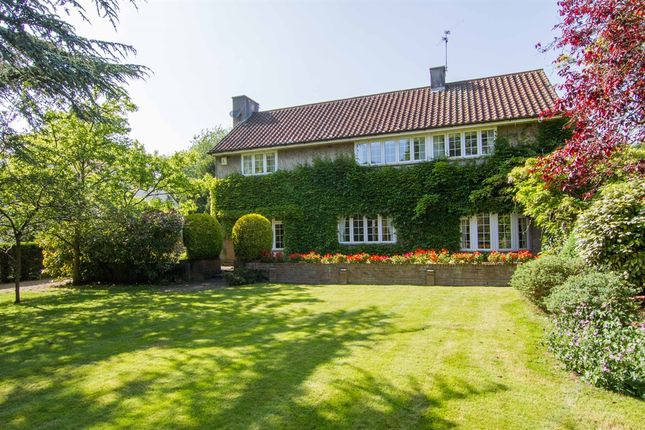 Thumbnail Detached house for sale in St Andrews Road, Dinas Powys, Vale Of Glamorgan