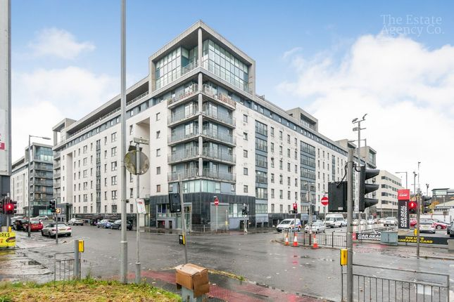 Thumbnail Flat for sale in Wallace Street, Glasgow