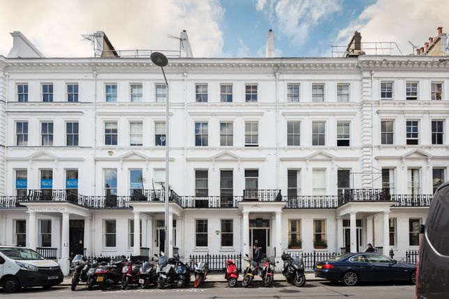 Thumbnail Flat for sale in Cromwell Place, South Kensington, London