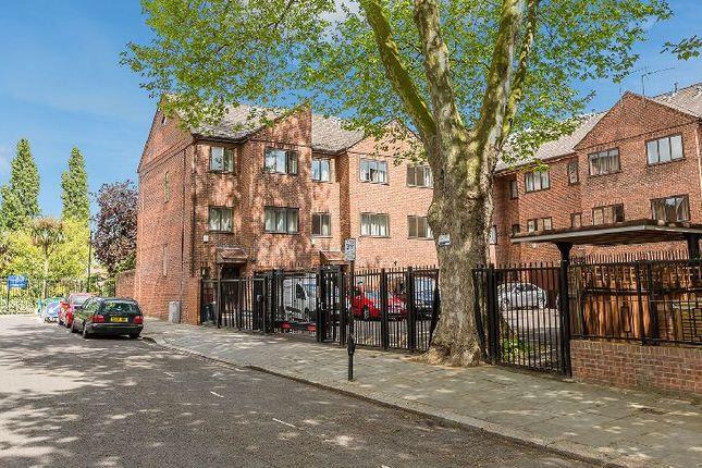 Thumbnail Flat to rent in St. Helens Gardens, London