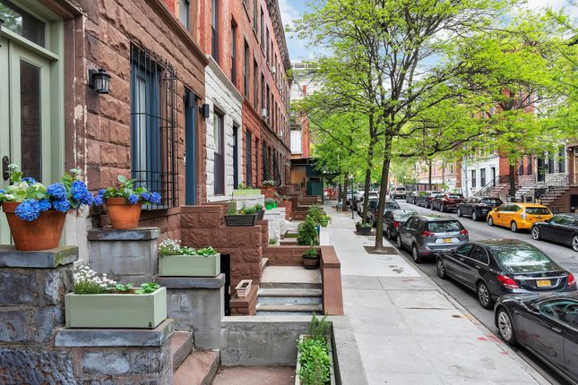 Thumbnail Town house for sale in 304 W 137th St, New York, Ny 10030, Usa