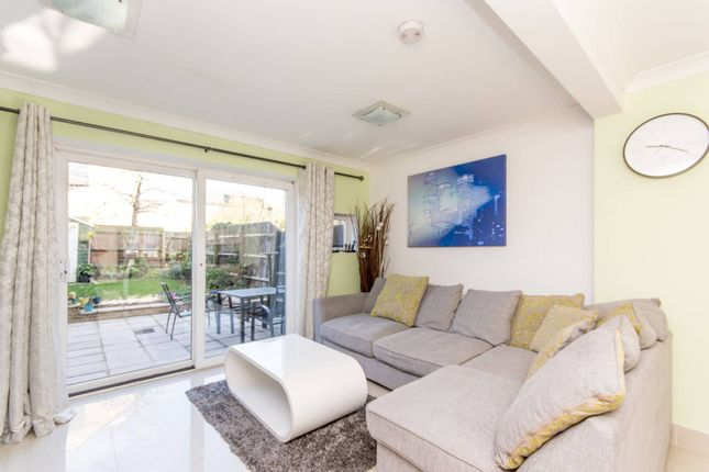 Thumbnail Property for sale in Napier Avenue, Isle Of Dogs