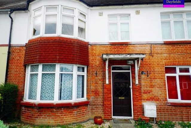 2 bed flat for sale in Drapers Road, Enfield