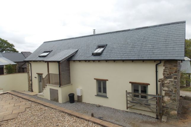 Thumbnail Barn conversion to rent in Kellybeare Farm, Kelly, Lifton