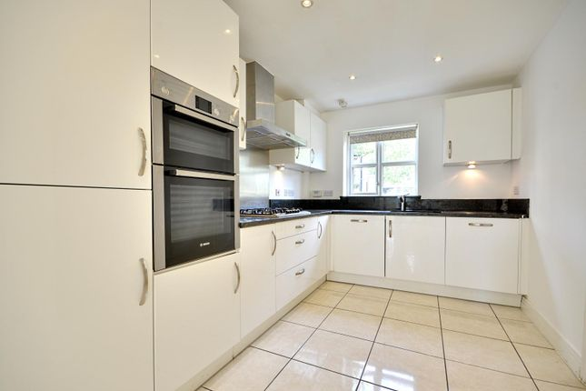 Thumbnail Town house to rent in Kenmare Close, Ickenham, Uxbridge
