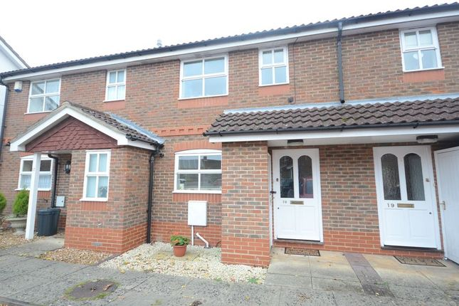 Thumbnail Terraced house to rent in Coniston Close, Woodley, Reading
