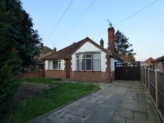 Thumbnail Bungalow for sale in Humberstone Lane, Leicester